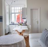 App 8 - Wohnzimmer/Küche