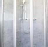 App. 10_11 Bad Dusche