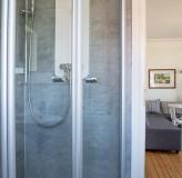 App.12 Bad Dusche