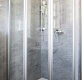 App.8 Bad Dusche